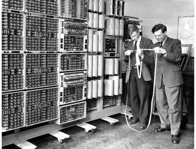 Британские ученые-ядерщики используют компьютер Witch